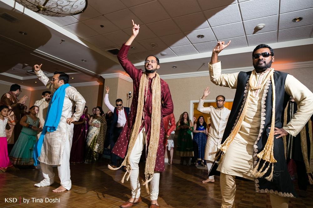 Hilton_Hartford_CT_Weddings_0042