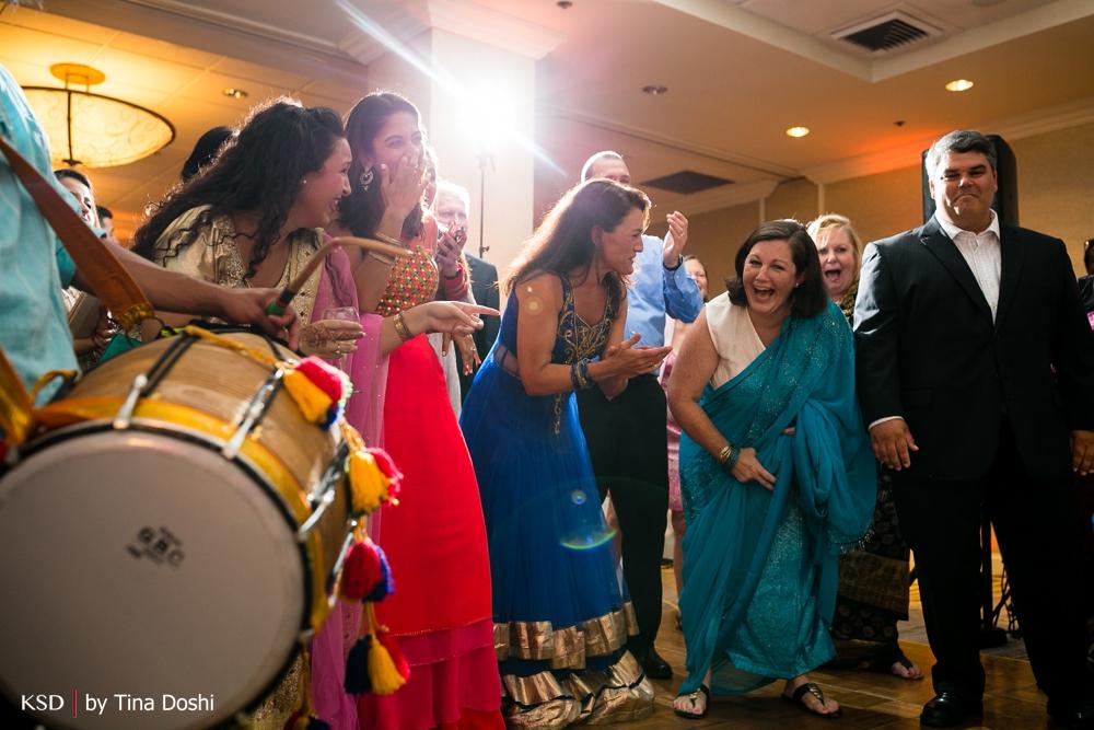 Hilton_Hartford_CT_Weddings_0049
